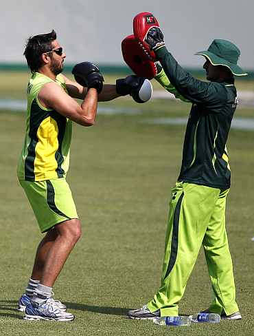 Shahid Afridi during a training session in Dhaka