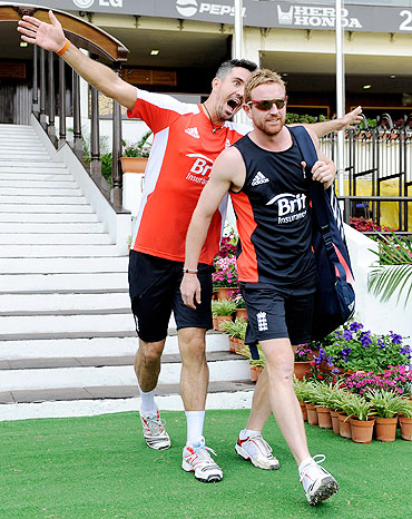 England's Kevin Pietersen (left) clowns around as he arrives for a training session with Paul Collingwood