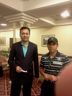 S Zaman with Sachin Tendulkar at Dhaka International airport