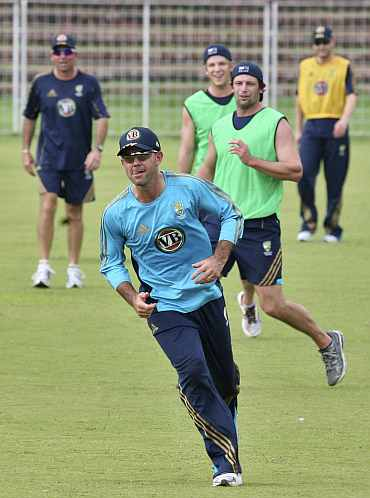 Ricky Ponting practicing with team-mates