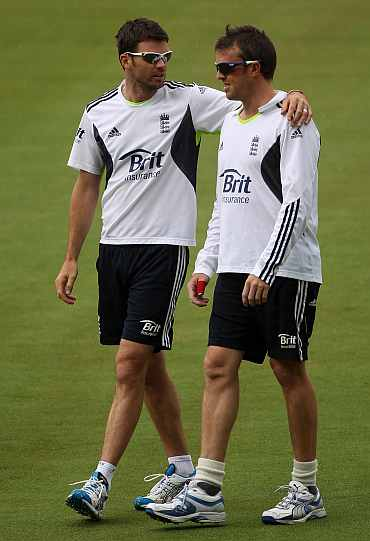 Graeme Swann and James Anderson