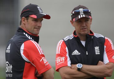 Andrew Strauss and England coach Andy Flower
