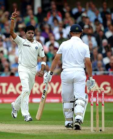 S Sreesanth celebrates after picking the wicket of Johnathan Trott