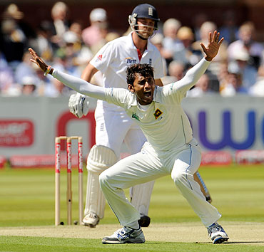 Sri Lanka's Suranga Lakmal appeals for the wicket of England's Jonathan Trott