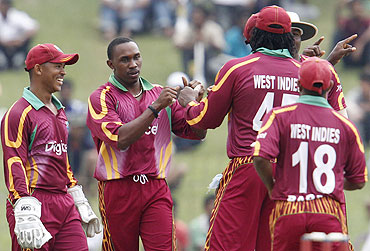 Dwayne Bravo with teammates