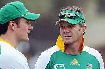 Graeme Smith (left) with coach Corrie van Zyl