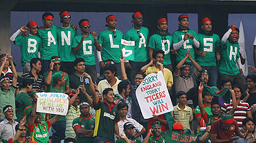 Bangladesh fans