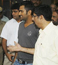 Dhoni and Srikkanth