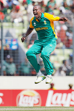 Lonwabo Tsotsobe celebrates after taking the wicket of Shahriar Nafees