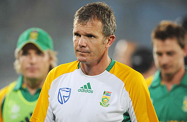 South Africa's coach Corrie van Zyl has a dejected look