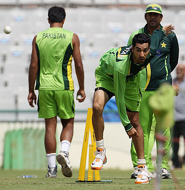 Umar Gul during a practice session