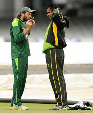 Waqar Younis and Shahid Afridi
