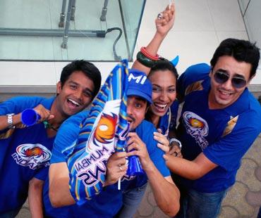 Mumbai Indians' fans