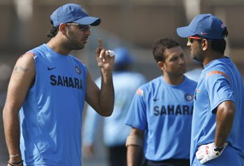 Yuvi with Dhoni and Tendulkar