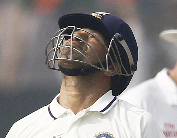 A disappointed Tendulkar after his dismissal