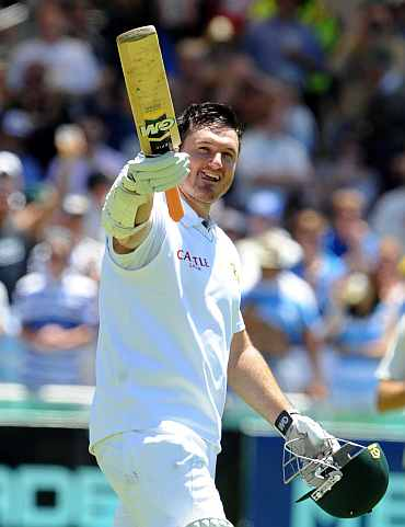 Graeme Smith celebrates after completing his century