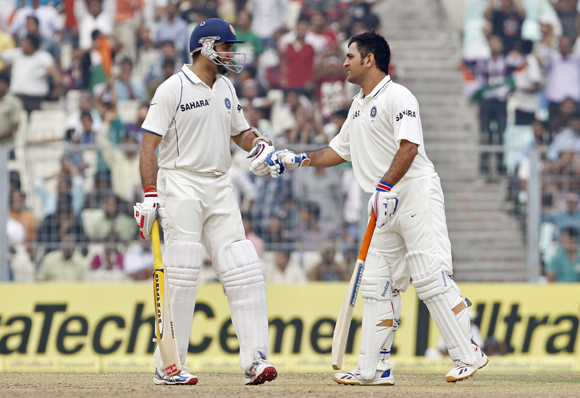 Laxman (L) and Dhoni during their partnership