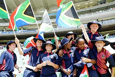 Fans cheer during day 1 of the 2nd Sunfoil Series Test match between South Africa and Australia