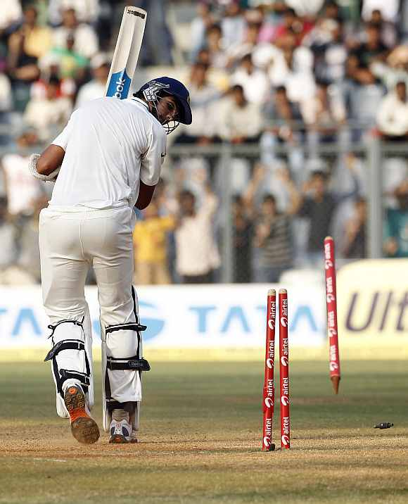 Ishant Sharma is clean bowled by Ravi Pampaul