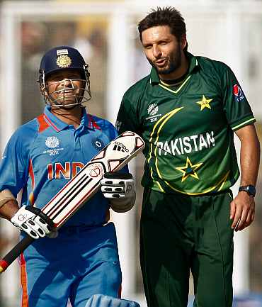 Sachin Tendulkar and Shahid Afridi