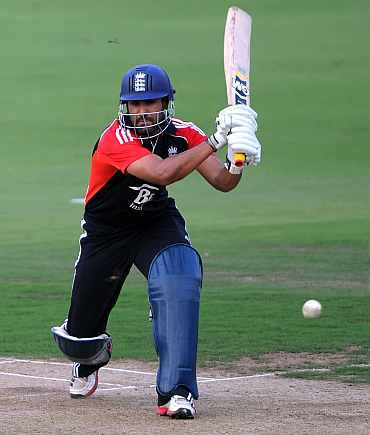 Ravi Bopara in action against Hyderabad XI