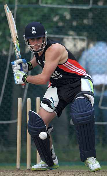 Craig Kieswetter bats during a batting session in Hyderabad