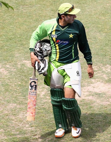 Misbah rubbishes his critics