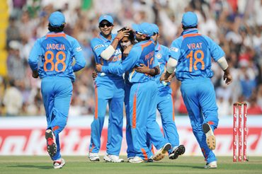 PHOTOS: India thump Engla