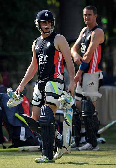 Craig Kieswetter and Kevin Pietersen during a practice session