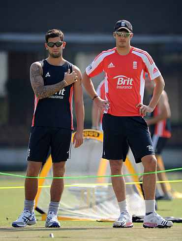 Jade Dernbach and Steven Finn during a practice session
