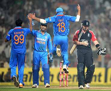 R Ashwin celebrates after dismissing Ian Bell