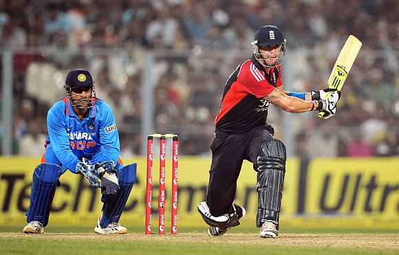 Kevin Pietersen plays a reverse sweep