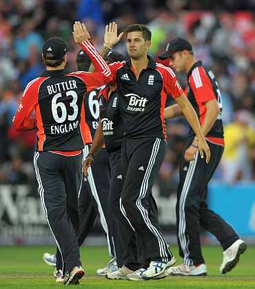 Jade Dernbach celebrates after picking up wicket during the NatWest International Twenty20 match at Manchester