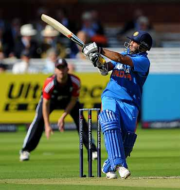 Parthiv Patel pulls during his knock against England