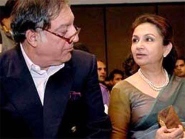 Mansur Ali Khan Pataudi with wife Sharmila Tagore