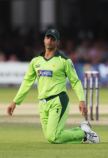 A dejected looking Shoaib Akhtar