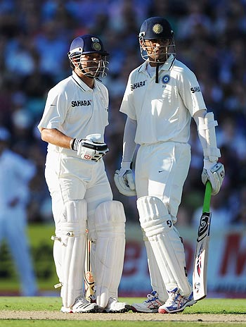 Sachin Tendulkar (left) with Rahul Dravid
