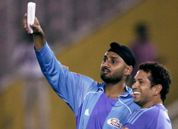 Can Harbhajan achieve what Tendulkar failed to?