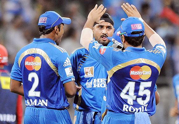 Harbhajan Singh with teammates