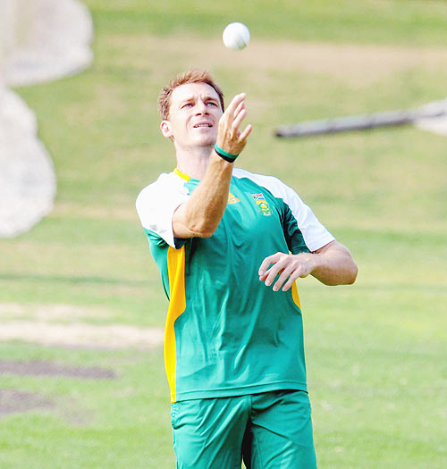 Steyn to spearhead the bowling department