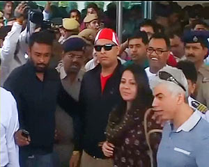Yuvraj Singh is received by his mother Shabnam Singh and fans at the airport