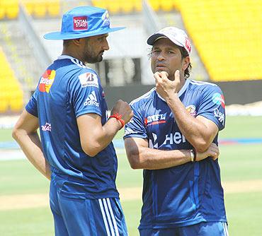 Harbhajan Singh with Sachin Tendulkar