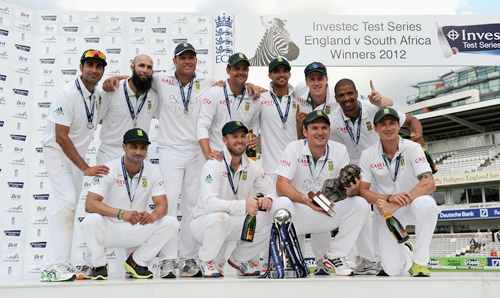 South Africa celebrate with the series trophy after winning