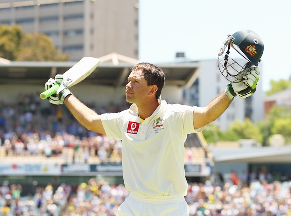 Ricky Ponting of Australia acknowledges the crowd