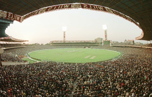 Indian cricket fans crammed into Eden Gardens