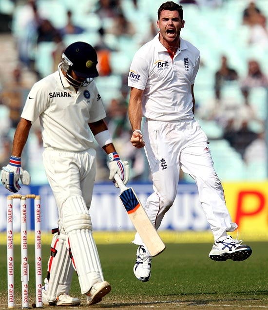 James Anderson celebrates the wicket of Virat Kohli