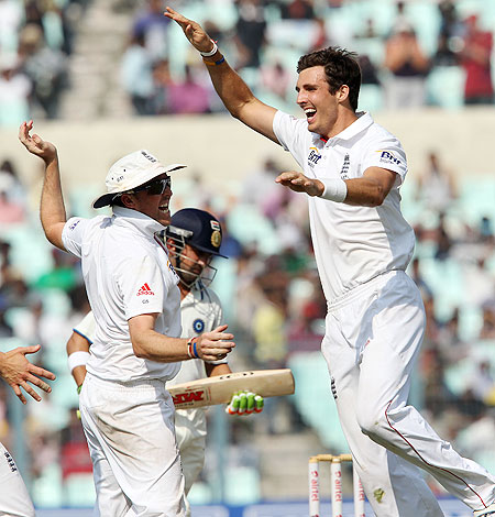 Steven Finn celebrates after dismissing Gautam Gambhir