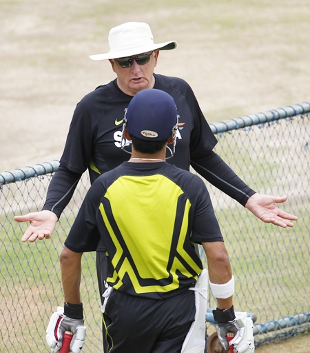 India's coach Duncan Fletcher (top) talks to Gautam Gambhir
