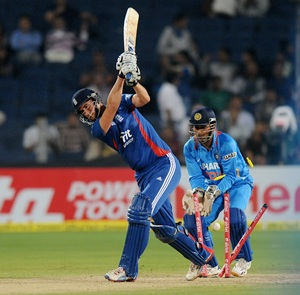 Alex Hales is bowled by Yuvraj Singh