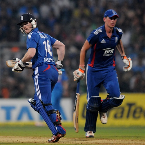 Blistering start by openers Michael Lumb, Alex Hales